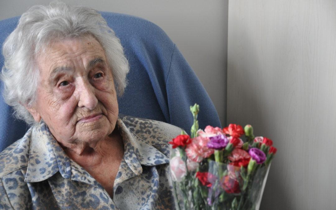 Joyeux anniversaire à Mme Galibert pour ses 102 ans