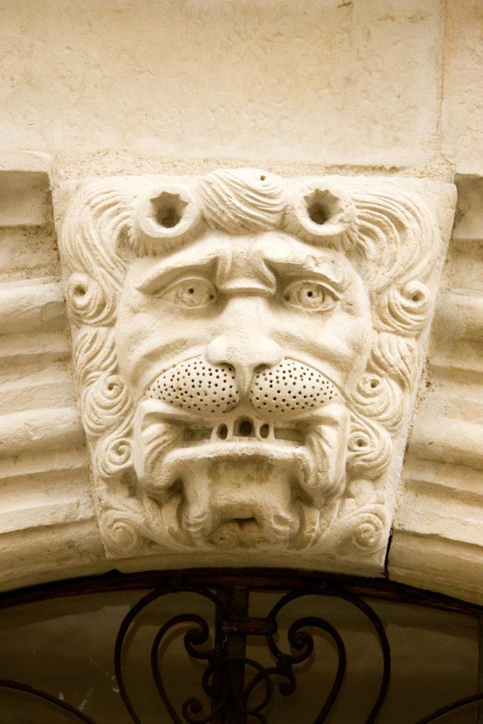 marvejols-lion-rue-carnot_27799255181_o