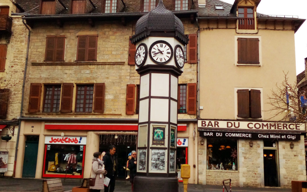 L'horloge prend des airs de colonne Morris